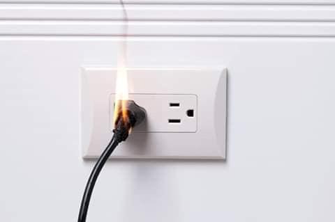 electrical plug catch fire